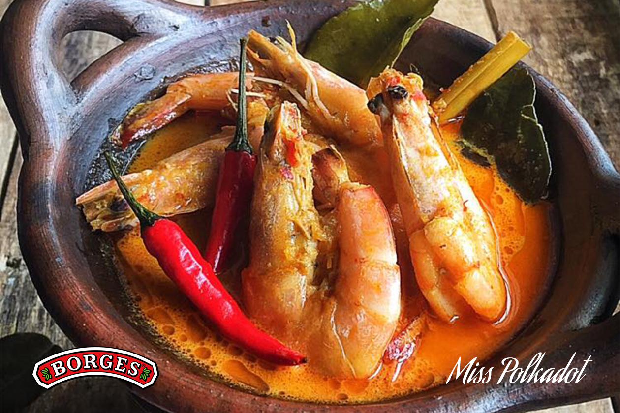 Indonesian-style Curry Prawns